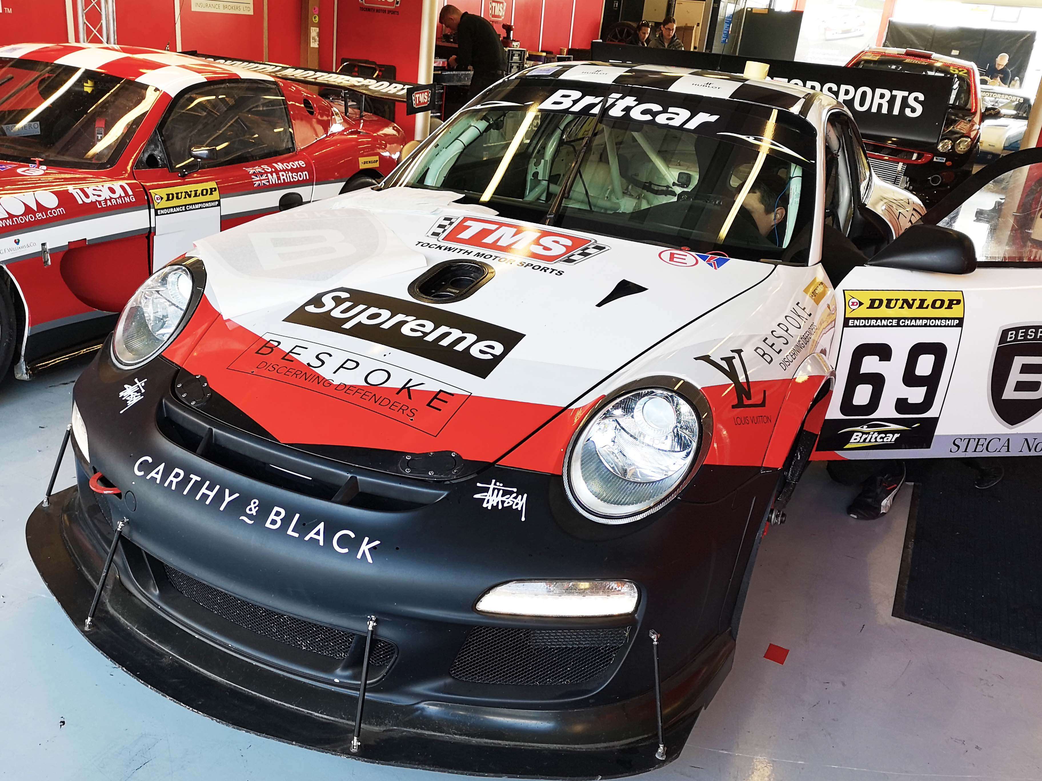 Porsche Graphics installed at Silverstone Britcar Cup
