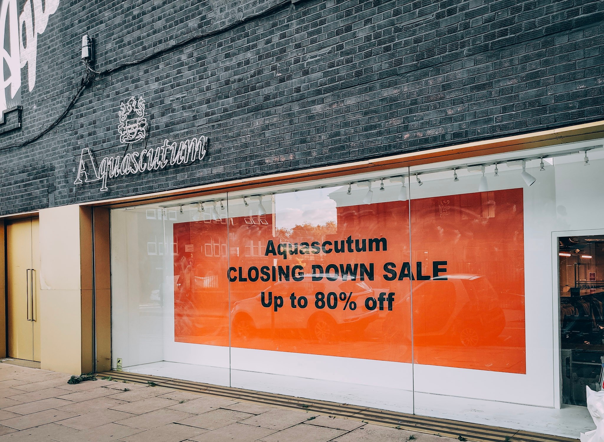 Aquascutum Window Graphics